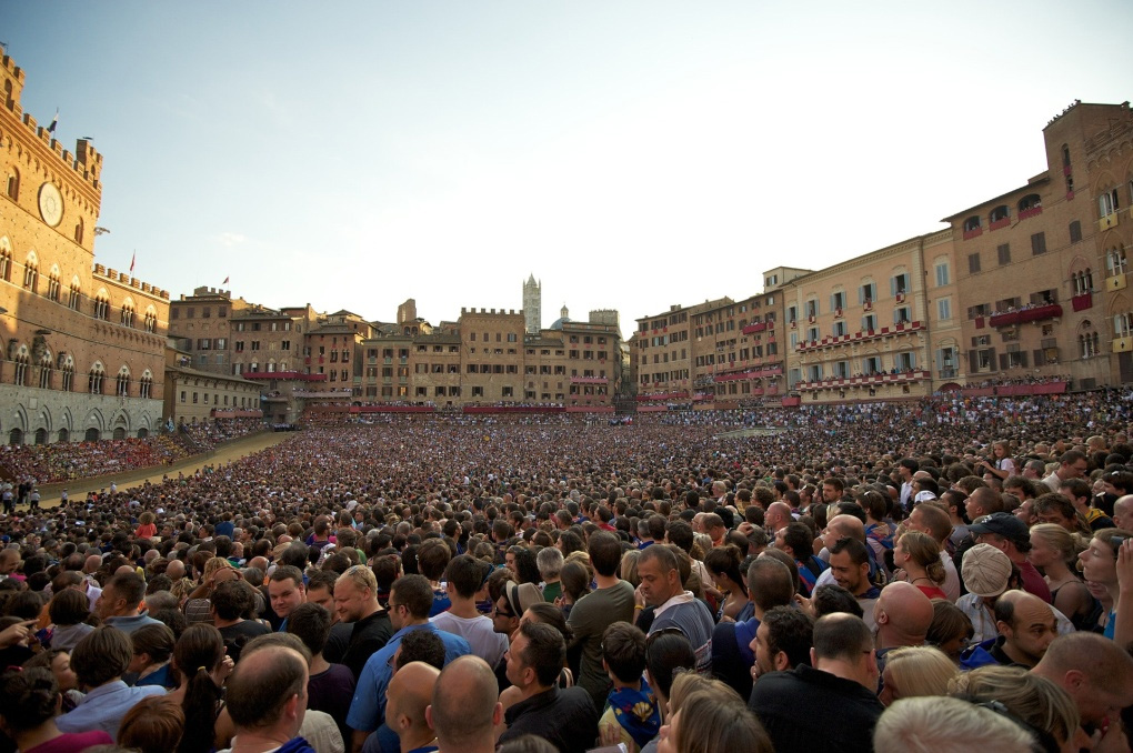 Siena, Piazza del Campo on the day of the Palio