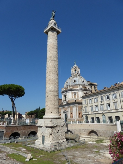 MY PRIVATE ITALY: TRAJAN'S COLUMN IN ROME, HOW THE ROMAN ARMY CONQUERED THE WORLD